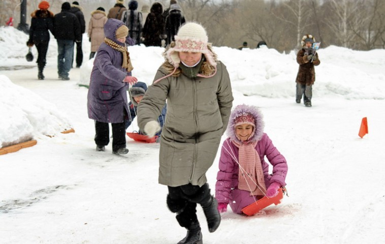 Тамбов. Зимние забавы в городском парке.
