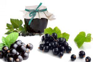 Read more about the article Варенье из черной смородины «Пятиминутка»