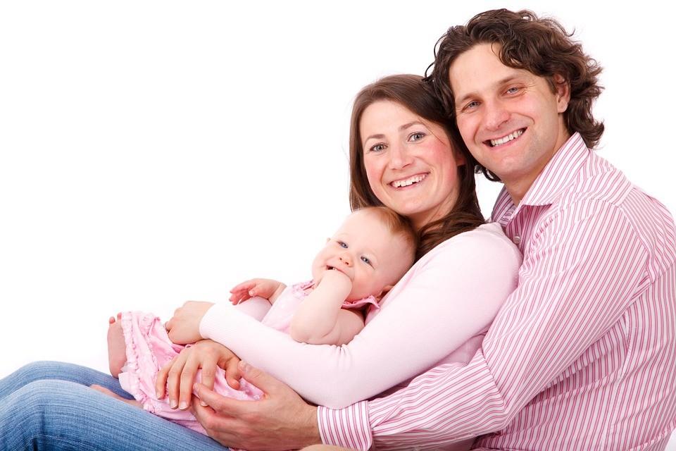 После рождения ребенка испортились отношения с мужем: семейный кризис с женой, как сохранить семью и почему изменились отношения