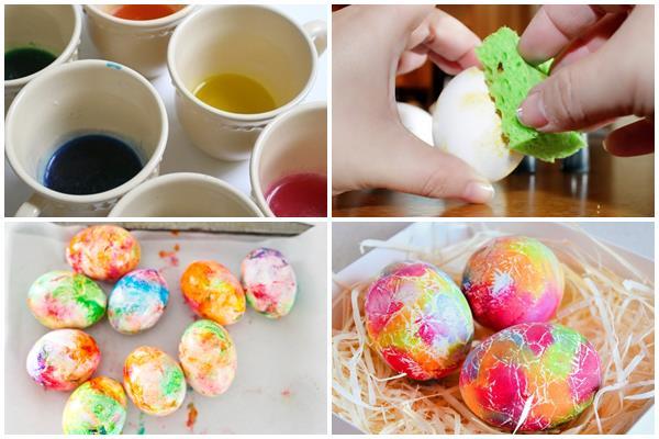 окрашивание яиц губкой