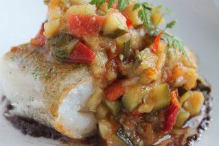 Треска, тушенная с овощами: рецепты, кулинарные советы