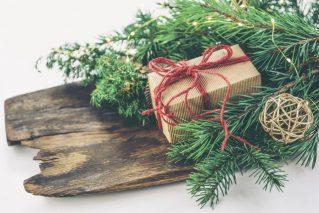 Полезные подарки к Новому году своими руками: 14 идей, инструкции