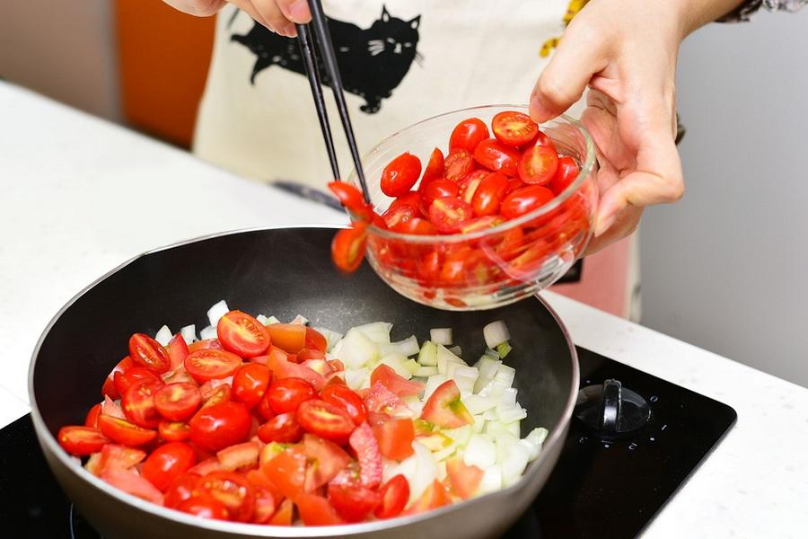 You are currently viewing Что такое сотейник, для чего нужен и как выбрать тот, который подойдет лучше других для вашей кухни