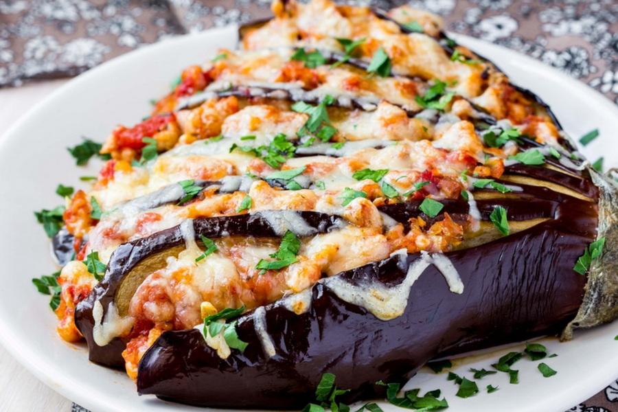 You are currently viewing Что можно приготовить из баклажанов быстро и вкусно: рецепты блюд на ужин, и не только