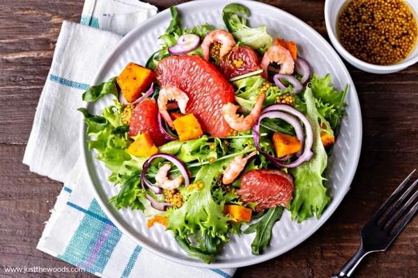 диетический салат из рукколы с креветками